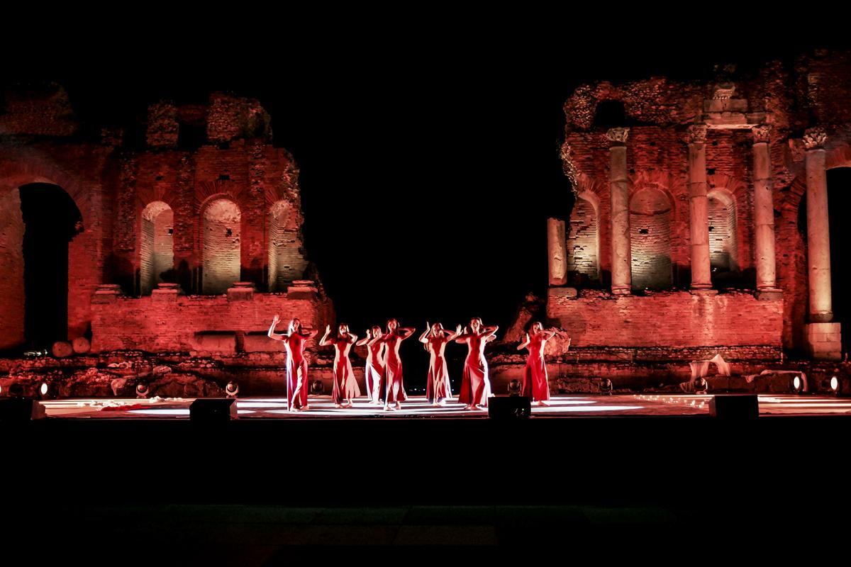 Nuova-luce-teatro-Taormina7-07